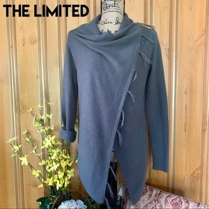 LIKE NEW❗️THE LIMITED Sweater
